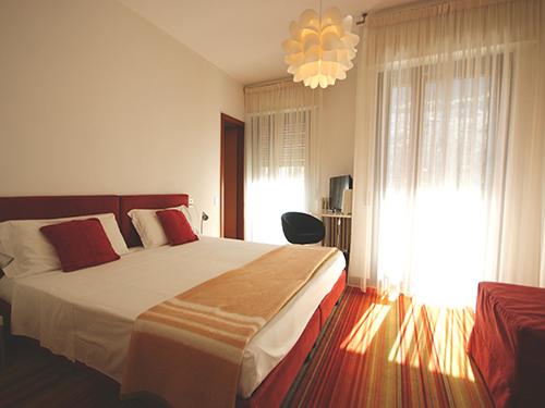 https://www.hotelpeler.com